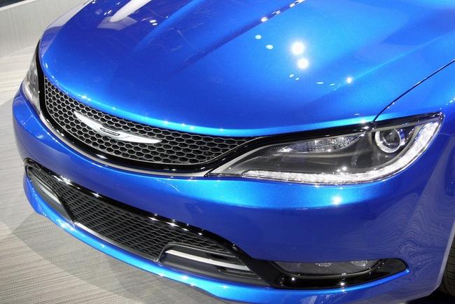Chrysler 200 2015 chính thức trình làng với diện mạo mới 7