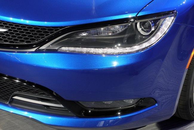 Chrysler 200 2015 chính thức trình làng với diện mạo mới 8