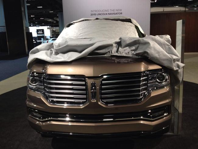 SUV hạng sang Lincoln Navigator 2015 lộ diện trước giờ ra mắt 1