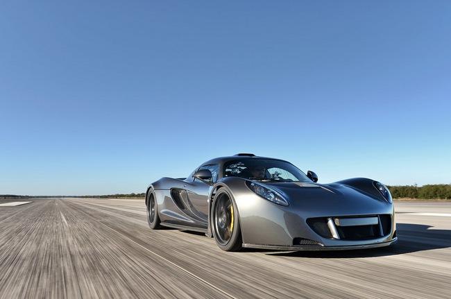 Hennessey Venom GT: Kỷ lục gia tốc độ mới trong thế giới xe 1