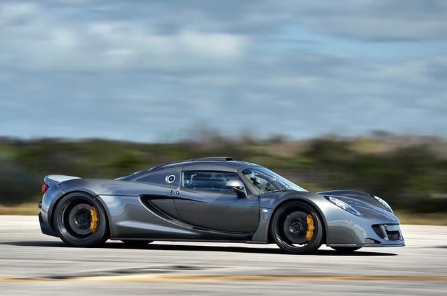 Hennessey Venom GT: Kỷ lục gia tốc độ mới trong thế giới xe 3