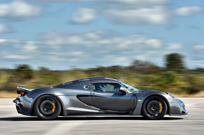 Hennessey Venom GT: Kỷ lục gia tốc độ mới trong thế giới xe 4