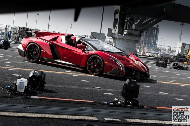 Chưa xuất xưởng, Lamborghini Veneno Roadster bị làm giá 7