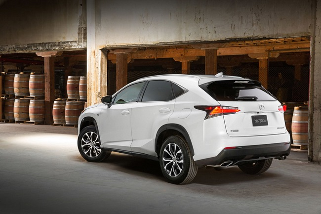 Lexus NX chính thức trình làng 12