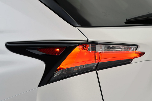 Lexus NX chính thức trình làng 14