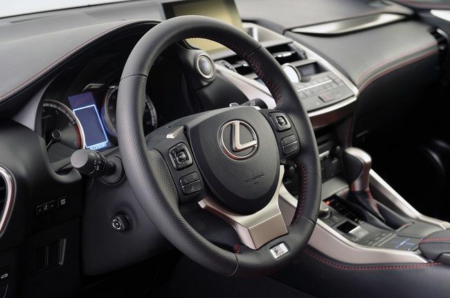 Lexus NX chính thức trình làng 24