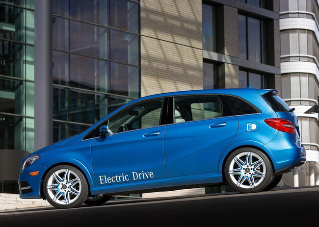 Mercedes-Benz B-Class Electric Drive có giá từ 41.450 USD 11