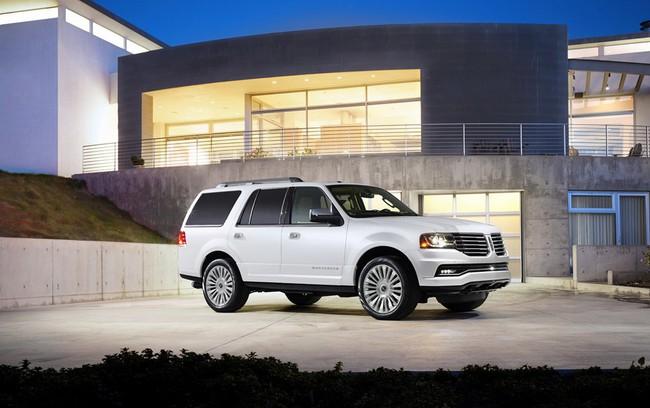 Xế sang Lincoln Navigator 2015 có giá khởi điểm 62.475 USD 4