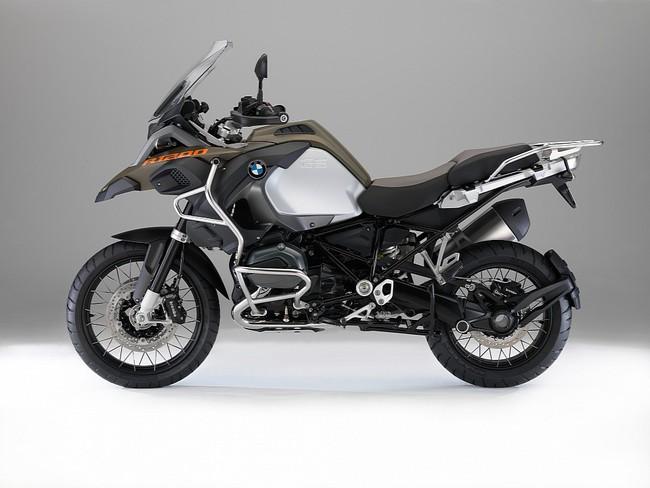 Hé lộ hình ảnh mới của BMW R1200GS Adventure 2014 1