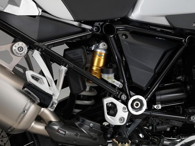 Hé lộ hình ảnh mới của BMW R1200GS Adventure 2014 16