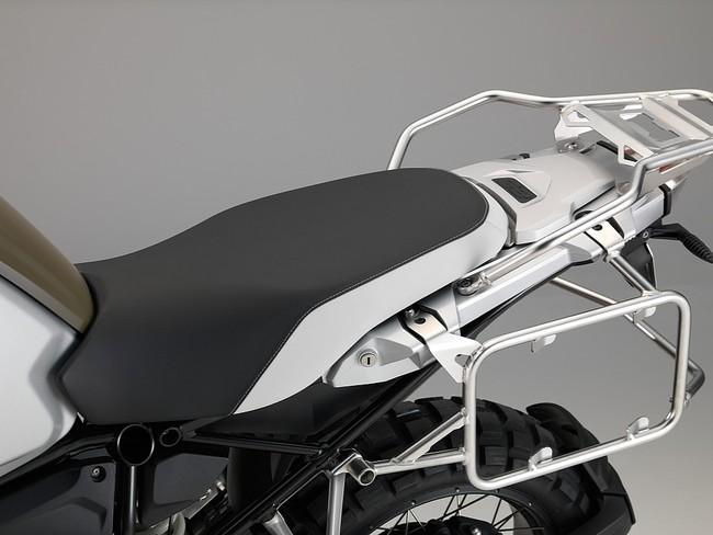 Hé lộ hình ảnh mới của BMW R1200GS Adventure 2014 26