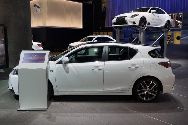Lexus CT 200h 2014 chính thức ra mắt 7