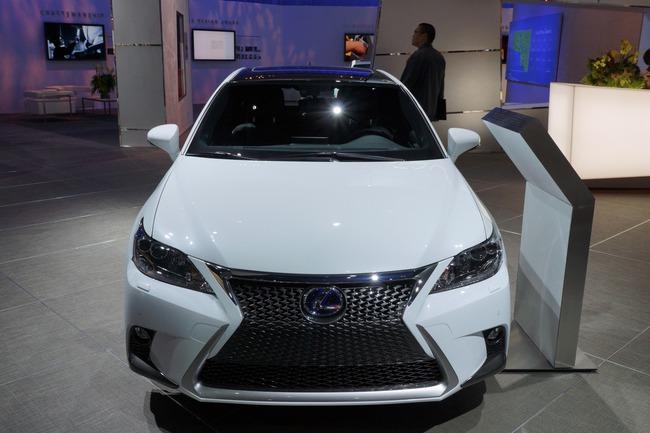 Lexus CT 200h 2014 chính thức ra mắt 8