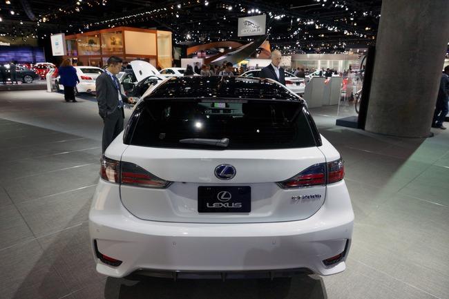 Lexus CT 200h 2014 chính thức ra mắt 9
