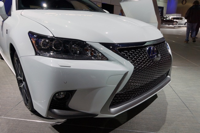 Lexus CT 200h 2014 chính thức ra mắt 10