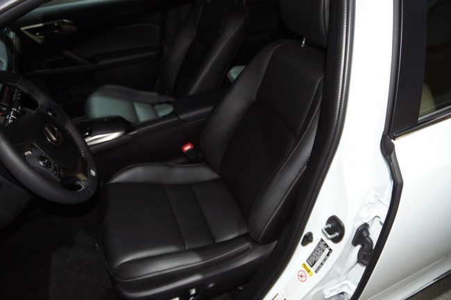 Lexus CT 200h 2014 chính thức ra mắt 16