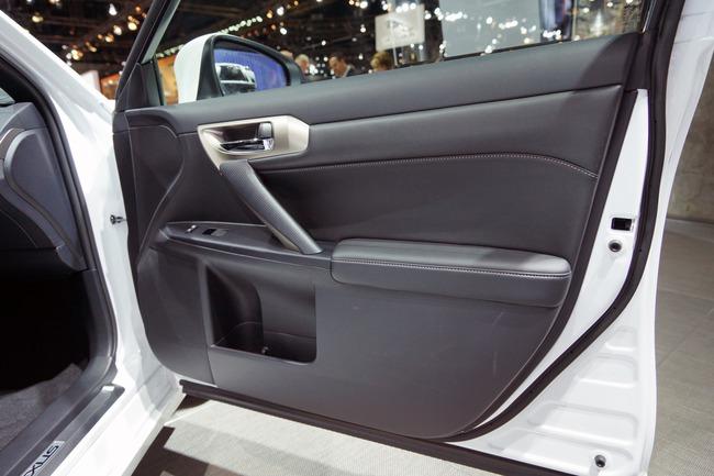 Lexus CT 200h 2014 chính thức ra mắt 20