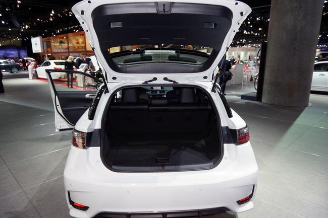Lexus CT 200h 2014 chính thức ra mắt 23