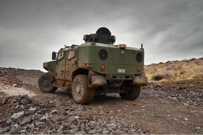 Quân đội Mỹ thử nghiệm xe hybrid thay thế HUMVEE 6