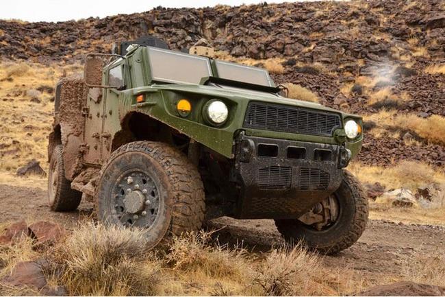 Quân đội Mỹ thử nghiệm xe hybrid thay thế HUMVEE 7