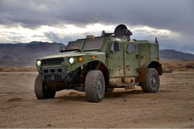 Quân đội Mỹ thử nghiệm xe hybrid thay thế HUMVEE 9