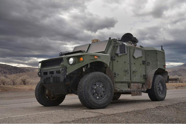 Quân đội Mỹ thử nghiệm xe hybrid thay thế HUMVEE 10