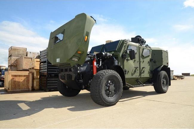 Quân đội Mỹ thử nghiệm xe hybrid thay thế HUMVEE 13