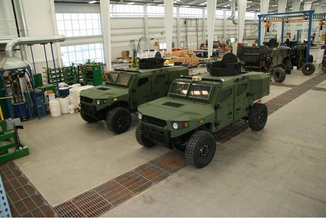 Quân đội Mỹ thử nghiệm xe hybrid thay thế HUMVEE 16