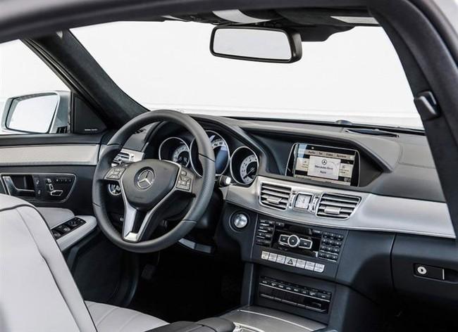 Dàn động cơ chi tiết của Mercedes-Benz E-Class 2014 2