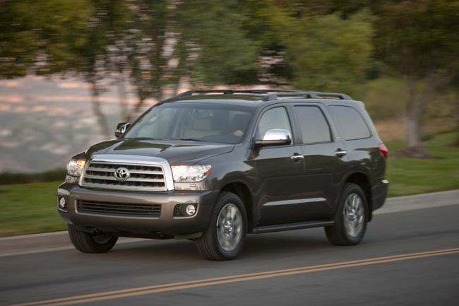 Toyota Sequoia 2014: Nhấn vào hệ thống thông tin giải trí 1