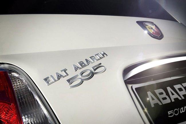 Cặp đôi Fiat 500 Abarth phiên bản đặc biệt mới 8