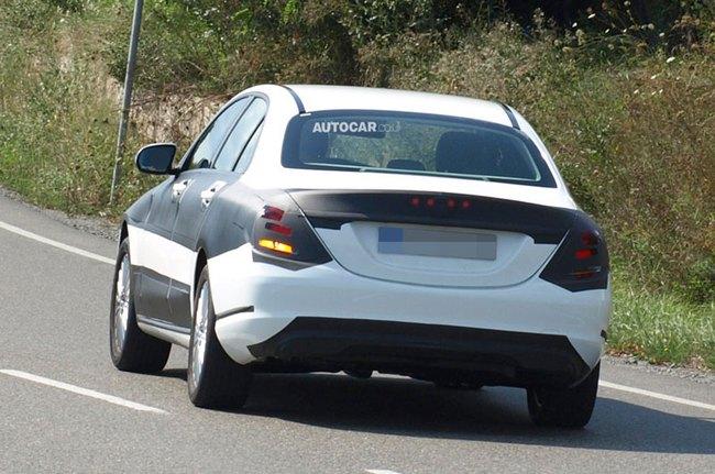 "Mercedes-Benz C-Class 2015 lộ ""nội y"" 3"