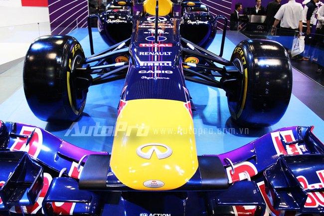"""VMS 2013: Infiniti Red Bull Q100 - """"Người lạ"""" giữa rừng xe nhập khẩu 2"""