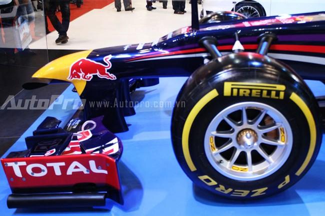 """VMS 2013: Infiniti Red Bull Q100 - """"Người lạ"""" giữa rừng xe nhập khẩu 14"""