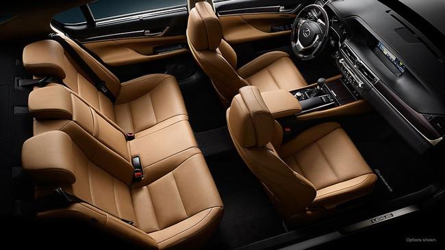 VMS 2013: Lexus mang 5 xe chính hãng đến thị trường Việt Nam 4