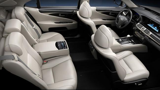 VMS 2013: Lexus mang 5 xe chính hãng đến thị trường Việt Nam 2