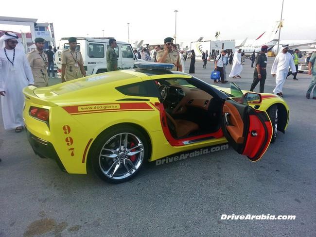 Chevrolet Corvette 2014 được dùng làm xe cứu hỏa 4