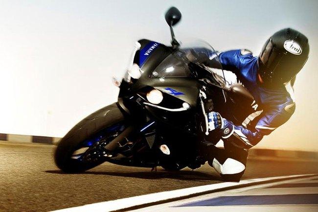 Siêu môtô Yamaha YZF-R1 2014 có giá chính thức tại Indonesia 7