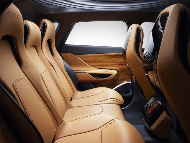 Jaguar C-X17 nâng  cấp với nội thất 5 chỗ ngồi 8