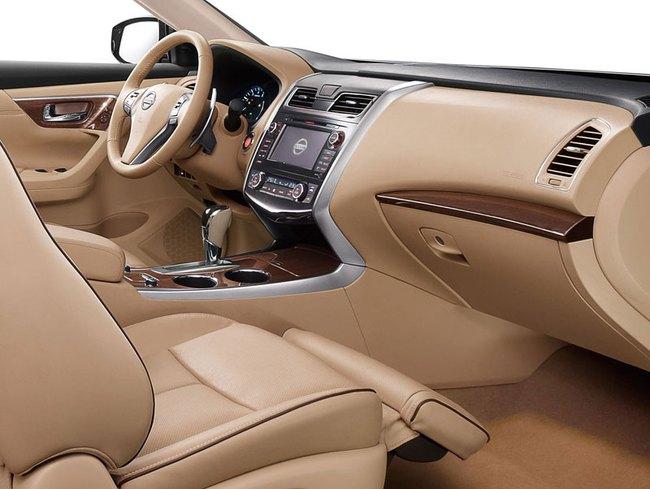 Nissan chính thức giới thiệu Teana phiên bản VIP 2