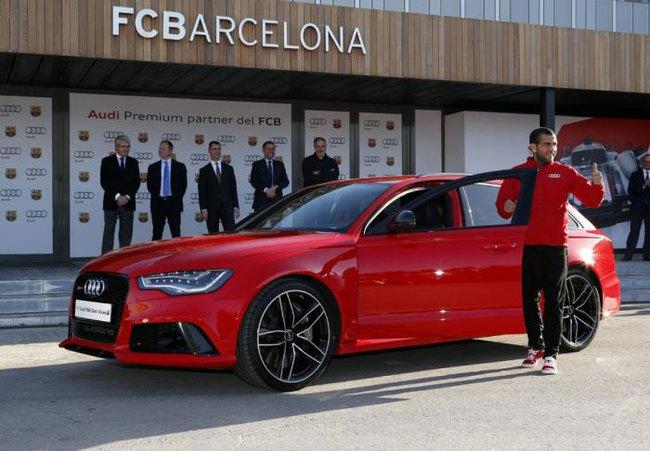 Cristiano Ronaldo đi Audi RS6 Avant, Leo Messi chọn Q5 1