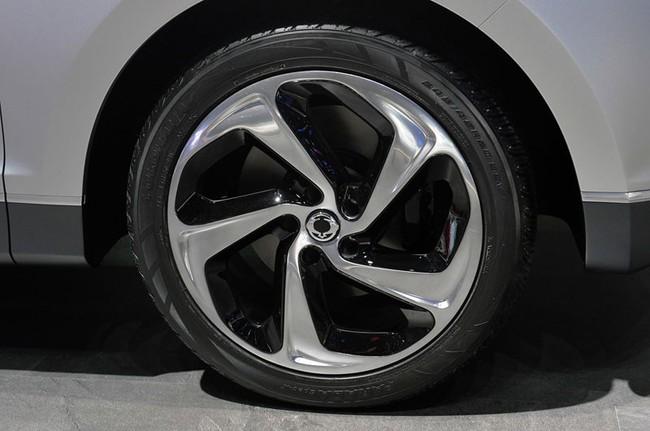 SsangYong X100 - Đối thủ mới của Honda Vezel và Hyundai ix25 10