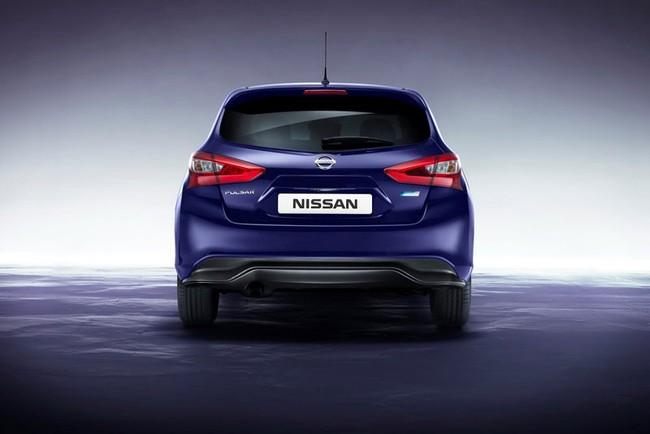 Nissan Pulsar mới cạnh tranh với Ford Focus 3
