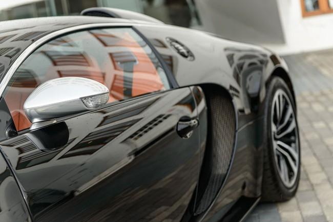 Rapper Drake chán siêu xe Bugatti Veyron được tặng 9