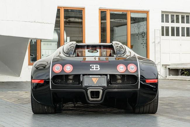 Rapper Drake chán siêu xe Bugatti Veyron được tặng 5