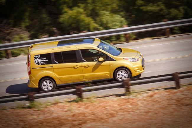 Ford báo giá Transit Connect 2014 3