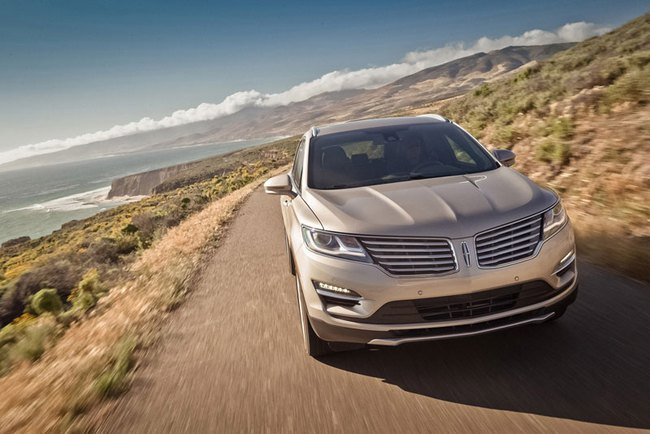 Xe crossover hạng sang Lincoln MKC 2015 mạnh hơn ước tính 5