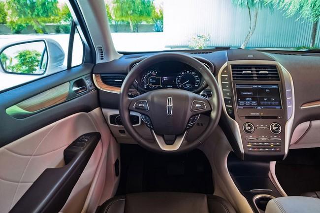 Xe crossover hạng sang Lincoln MKC 2015 mạnh hơn ước tính 7