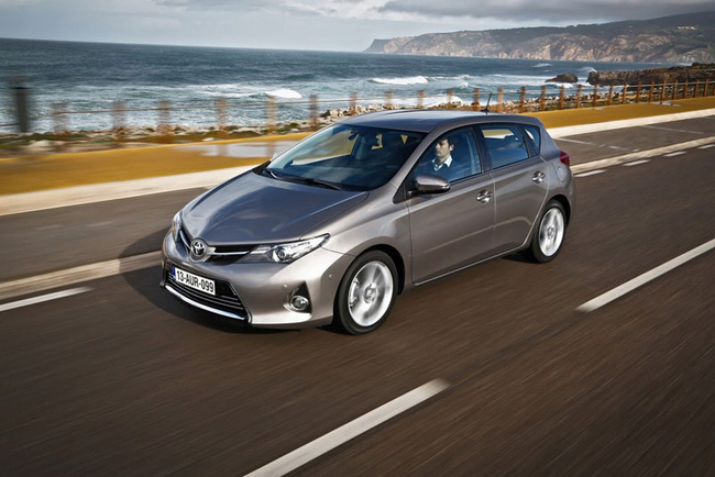 Toyota phát triển xe sedan mới dựa trên Mazda2 1