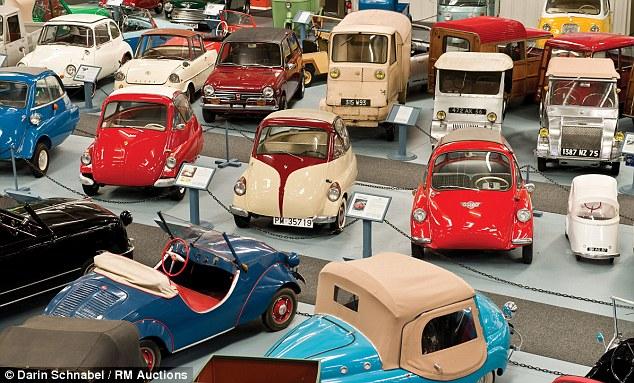 Bộ sưu tập những chiếc xe tí hon lớn nhất thế giới 5